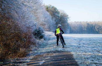 Kalte Füße beim Radfahren im Winter - 5 hilfreiche Tipps für Mountainbike Frauen